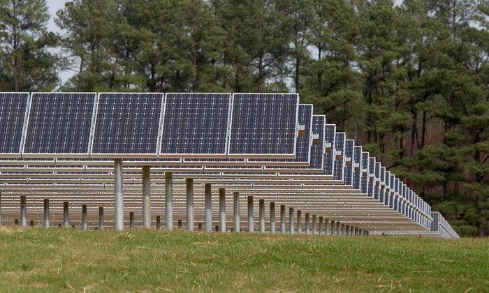 La energía solar comunitaria permite a los individuos compartir la economía de escala de la energía solar.